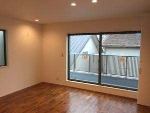 2階洋室(10.1帖)南側