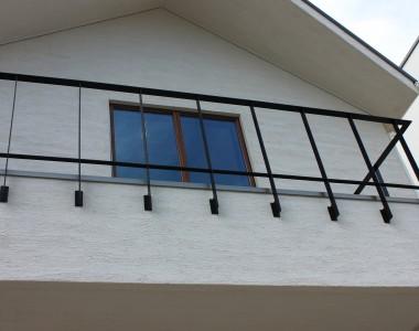 2階正面のバルコニー