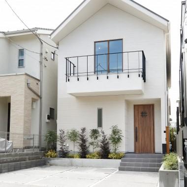 世田谷区深沢『漆喰の家』